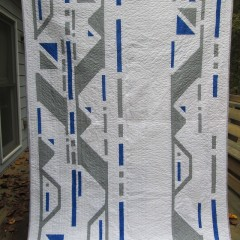 Finished Droid Quilt – Old School Artoo Blue